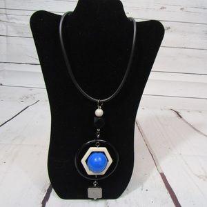 Alisha d Statement necklace blue black and ivory
